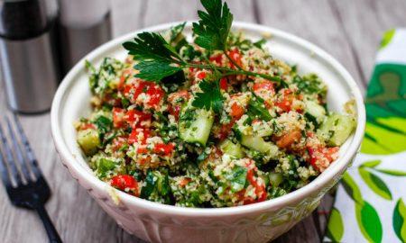 Δροσιστική σαλάτα Ταμπουλέ με σιτάρι!