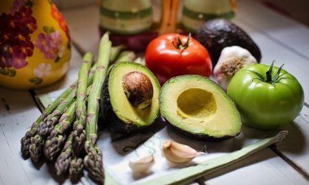 Θέλετε γερά δόντια; Φάτε τις σωστές τροφές!