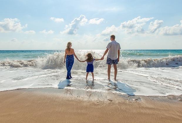 Πώς να προστατέψω την οικογένειά μου από τον καυτό ήλιο;