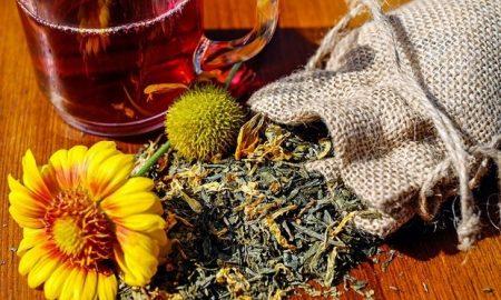 Πρακτικές και εύκολες συνταγές από βότανα