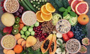 Τα 11 τρόφιμα που μας αδυνατίζουν την Άνοιξη