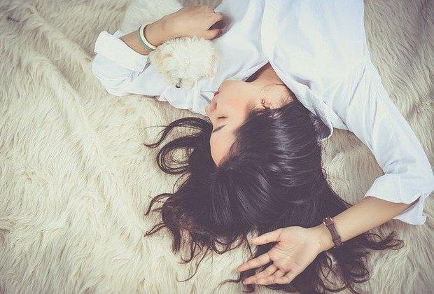 Ο πολύς ελεύθερος χρόνος είναι βαρετός, ο ελάχιστος απογοητευτικός… Τι να κάνουμε για να νιώσουμε γαλήνια;