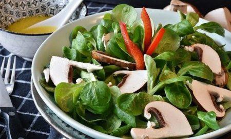 Πότε καταναλώνετε τη σαλάτα σας;