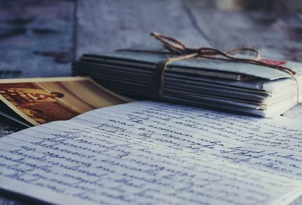 Οι παλιές επιστολές, του Πάρι Ξεπουλιά